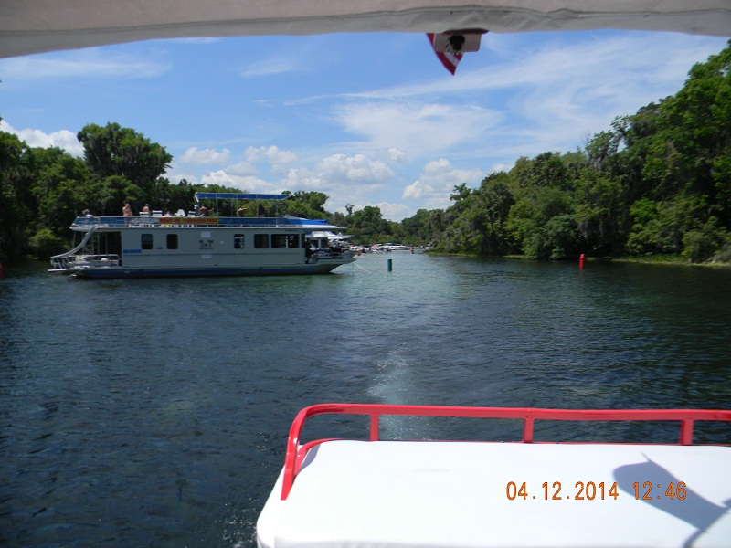3. Houseboat at Silver Glen Springs.JPG